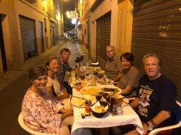 """Siste kvelden spiste vi """"på gata"""", hos Maria på La Parilla. Det blir nok ikke siste besøket."""